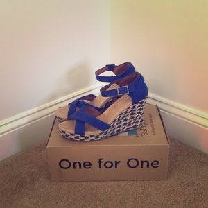 Toms Strappy Wedges - BRAND NEW!